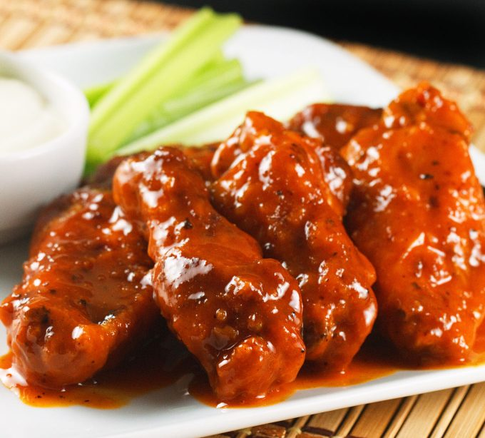 buffalo-wings-100-680x614